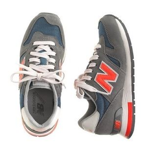Youth New Balance Tennis Shoes
